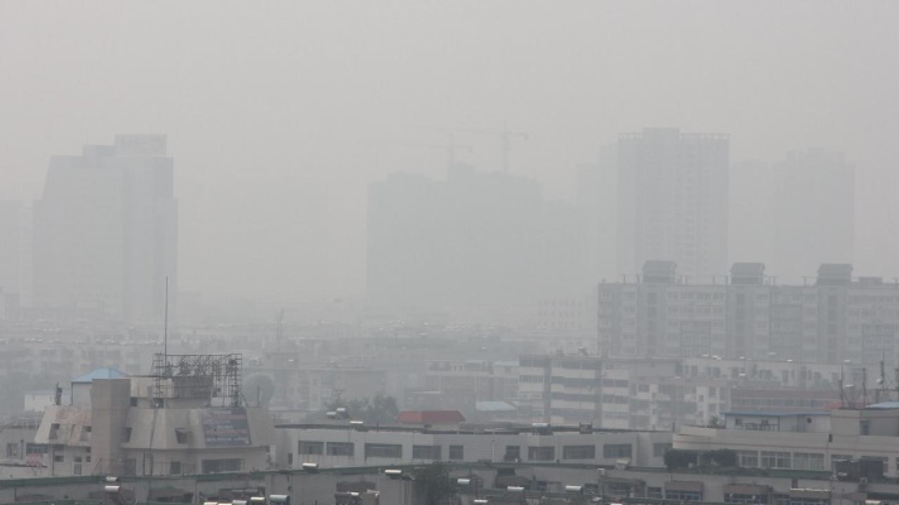 A typical, polluted day in Zhengzhou, China